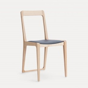 NOVA OAK CHAIR